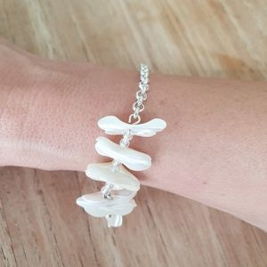 OnTrend Jewellery -Mother of Pearl Coral Bracelet